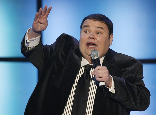 Comedian John Pinette addresses the crowd during the 2008 NASCAR Sprint Cup Series Awards Ceremony in New York in this December 5, 2008 file photo.