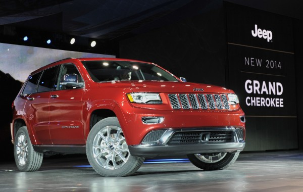 The 2014 Jeep Grand Cherokee is introduced at the North American International Auto Show in Detroit, Michigan in this file photo taken January 14, 2013.
