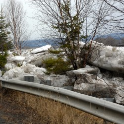 Rising waters, ice jams create dangerous conditions around Maine, claim one life