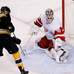 Inginla goal lifts Bruins past Red Wings; Boston leads series 3-1
