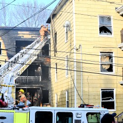 40 displaced after apartment fire in Lewiston