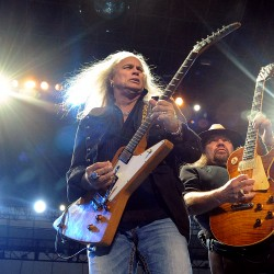Lynyrd Skynyrd, Charlie Daniels play to thousands of fans on the waterfront
