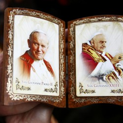 Pope beatifies John Paul II before a million faithful
