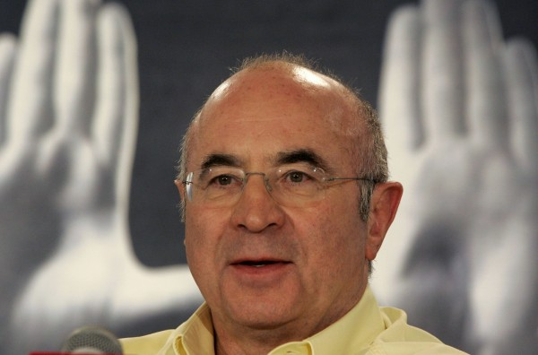 British actor Bob Hoskins attends a news conference at the 30th Toronto International Film Festival in Toronto on Sept. 9, 2005. Hoskins, who rose to fame for his performance in the film &quotWho Framed Roger Rabbit&quot and dozens of others, has died after a bout of pneumonia at the age of 71, his publicist said.
