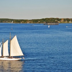 Windward Passage––Traditional Sailing Adventures for Maine Teens