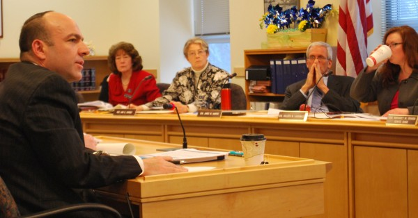 Rhode Island welfare consultant Gary Alexander presents his Medicaid expansion feasibility study to lawmakers on the Health and Human Services Committee, including (from left) Reps. Carol McElwee, R-Caribou, and Ann Dorney, D-Norridgewock, and Sens. James Hamper, R-Oxford, and Colleen Lachowicz, D-Waterville, in January.
