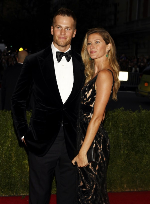 NFL football player Tom Brady and Gisele Bundchen arrive at the Metropolitan Museum of Art Costume Institute Gala Benefit celebrating the opening of &quotCharles James: Beyond Fashion&quot in Upper Manhattan, New York May 5, 2014.