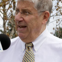 Michaud Calls for Closing the Wage Gap