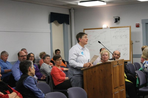 Lisa Munderback, president of Congregation Bet Ha'am in South Portland, addresses the City Council on Monday, May 19, in support of Main Street zoning changes later approved by councilors. Changes in Thornton Heights zoning, which the synagogue opposed, failed to get council support.