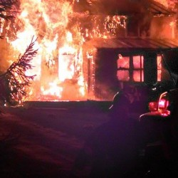 Newlywed couple loses all in Searsmont house fire