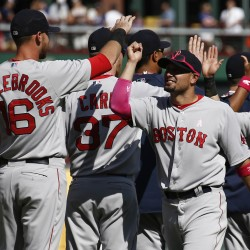 Red Sox's Peavy three-hits Dodgers in series finale