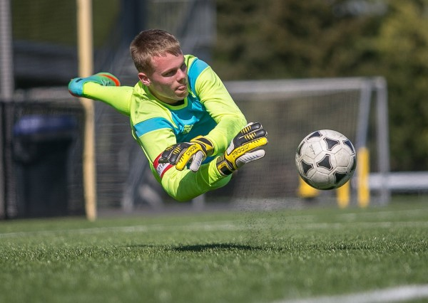 Leyton Thommasen, the goalkeeper for Kennedy Catholic, hasn't let Tourette's inhibit his ability to play soccer, and he plans to continue playing in college in Oregon.
