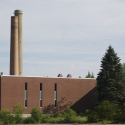 Town officials say paper machine auction appears to settle Millinocket financial woes