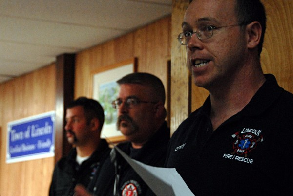 Lincoln firefighter and union President Cory Stratton speaks during a Town Council meeting on Monday.