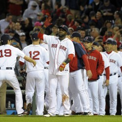 Napoli home run lifts Red Sox past Reds