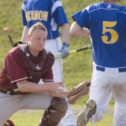 Former pro pitcher Matt Kinney sharing experiences, lessons with Hermon baseball team