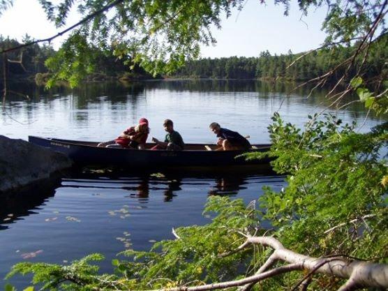 Water, canoe, children, nature - A winning combination!