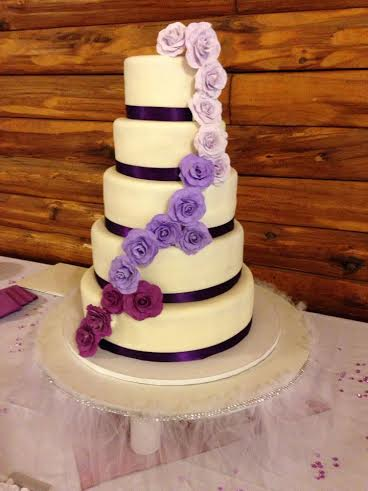 wedding cakes bangor maine holden baker makes cakes with artistic flair bangor 23857
