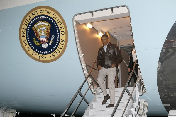 President Barack Obama arrives aboard Air Force One at Bagram Air Base in Kabul May 25, 2014. Obama landed in Afghanistan on Sunday for a surprise Memorial Day weekend visit with U.S. troops to thank forces who are preparing to withdraw after nearly 13 years of war.