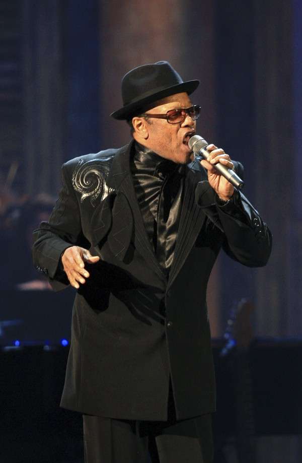 Bobby Womack performs at the Rock and Roll Hall of Fame 2009 induction ceremonies in Cleveland, Ohio in this April 4, 2009 file photo.