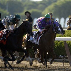 California Chrome wins Preakness convincingly to set up Triple Crown opportunity