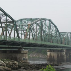 Safety check will keep northbound traffic off Brunswick-Topsham bridge Monday