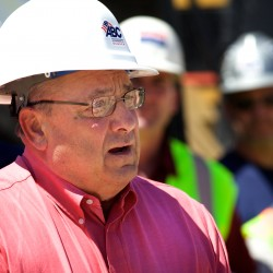 LePage blasts political extremism to Portland business group