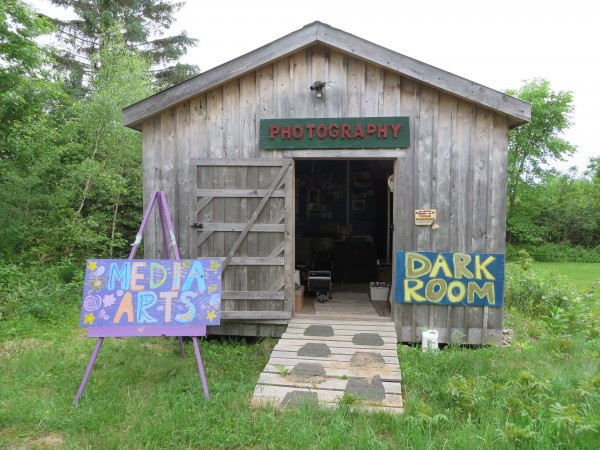 A Family S Ties From National Geographic To Art In A Barn
