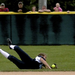 Blue Devils softball team holds on to beat rival Raiders