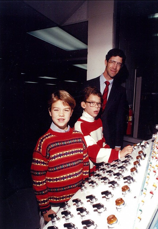 1989: Publisher Richard Warren with his children