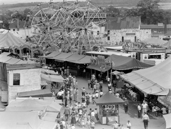 1952: The Bangor State Fair  attracts thousands in another successful year
