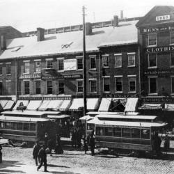 1889: Bangor Street Railway begins trolley service