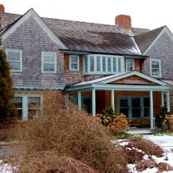 Mad Horse Theatre to present Maine premiere of 'Grey Gardens: The Musical'