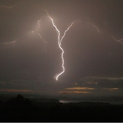 NOAA launches new community-based lightning awareness program