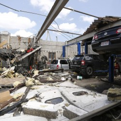 Tornadoes wreck Dallas-Fort Worth area, destroy homes