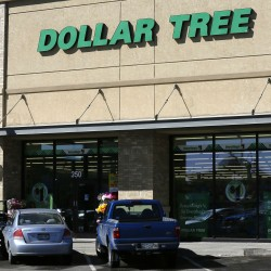 Dollar General counters Dollar Tree bid for Family Dollar