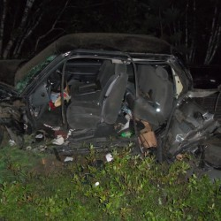Car crashes into Waterboro woods; driver found dead inside