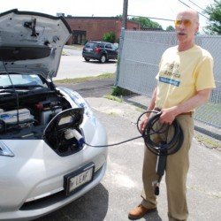 Consumers wary of buying electric cars