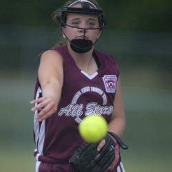 Michelson's three-run homer rallies Scarborough to state LL softball title over Shaker Valley