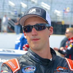 Theriault bringing new car to Sunday's TD Bank 250 at Oxford Plains Speedway