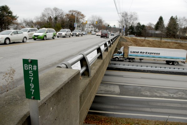 A truck northbound on Interstate 95 passes beneath the Union Street overpass in November 2013. Construction on the Union Street overpass will last about two years. Police are cracking down on construction zone speeders after a car nearly hit a construction worker recently.