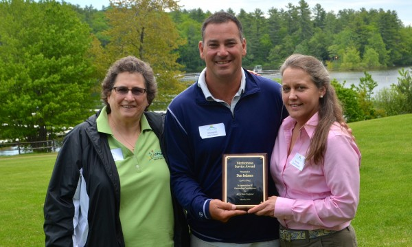 Dan Isdaner and Family with the 2014 Meritorious Award.