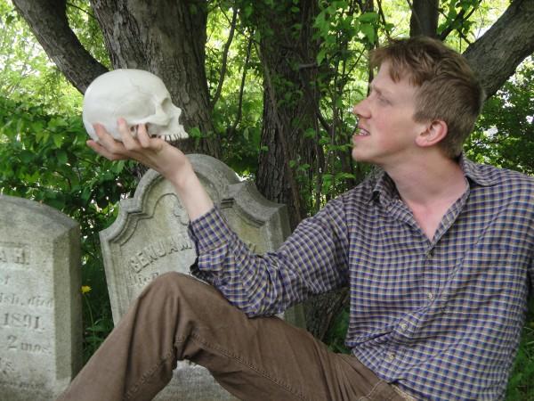 Daniel Mahler, HSC cofounder, will take the role of Hamlet.