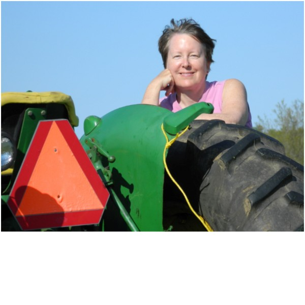 Jennifer Wixson is a farmer and author based in Troy, Maine.