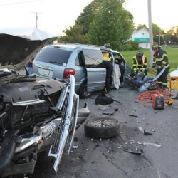 Three injured in Rockland crash