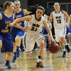 Thornton Academy ends McAuley girls' nearly three-year winning streak in instant classic, 50-49