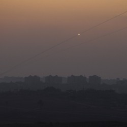 Israeli troops kill Palestinian on Gaza border