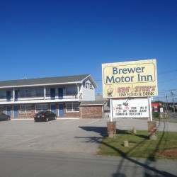 Source of smell at motel eludes hazmat testing