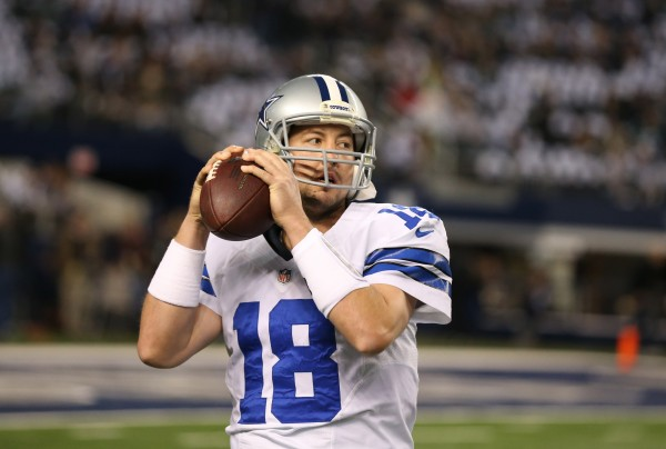 Former Dallas Cowboys quarterback Kyle Orton has signed a deal with the Bills.