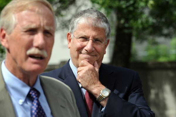Eliot Cutler (right), an independent running for governor, stands by as Sen. Angus King endorses him at a press conference on Monday in Bangor.